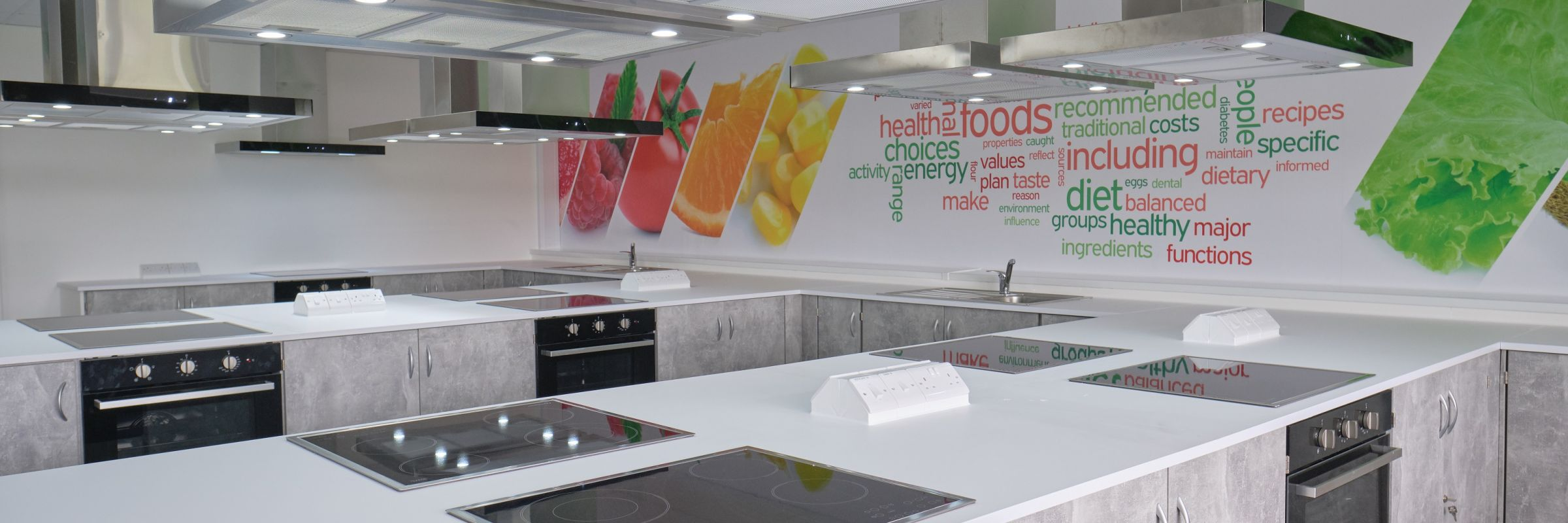 A fresh and bright food tech room